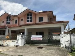 Double Storey Terrace Corner at Senadin, Miri