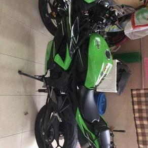 2014 Kawasaki Ninja 250SL