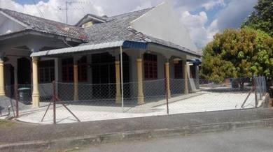 Rumah taman seri bakau untuk disewakan