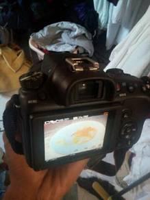 Sony camera SLT-A58 . harge bole cite lgi