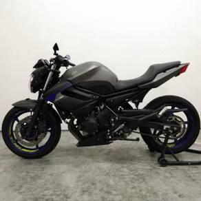 Yamaha XJ6 2016