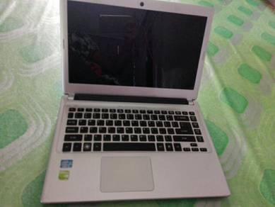 Acer Aspire V5 - 431 ( Core i5 )