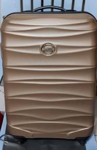 Condotti Luggage - Golden