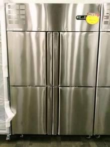 Stainless steel upright 4 solid door chiller