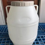 Reuse white barrel with screw lid and handle