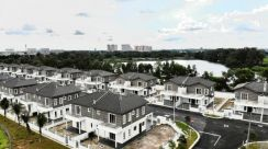 Cheapest Semi-D Puchong (Water Front)