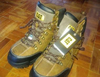 Caterpillar. steel toe. safety boot.
