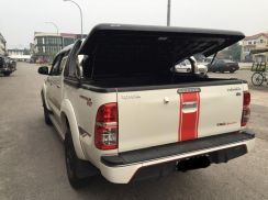 T/Hilux Revo abs tonneau cover with roll bar