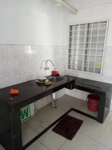 Laman damai kepong baru , low floor mutiara magna flat jusco