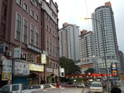 OUG Puchong shop Grd Flr, main-road