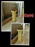 Cement large stand (10pcs available)