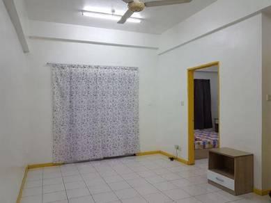 For Rent - 1-Room Apartment in Api-Api Centre