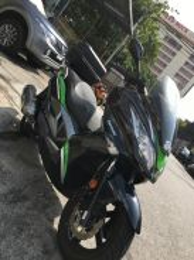 Kawasaki J300 ABS 1300km (NSS300,Aprilia SR