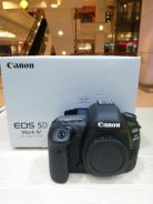 Canon eos 5d mk 4 body (sc 300 only) 99.99% new