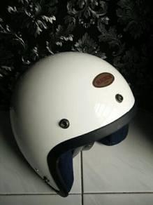Magnum helmet