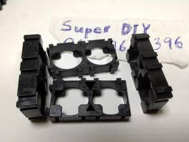 18650 battery holder cylindrical cell bracket 2p2s