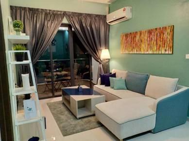 BEACHFRONT Exclusive Danga Bay Homestay JB