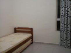 One Borneo Hypermall Condo Tower / Rooms for Rent / Short or Long term