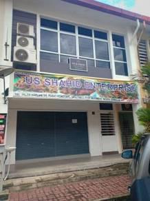 Seremban 2 oakland ground floor shop lot rent rm 1000 only !!