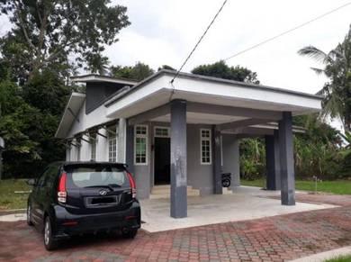 Banglo di Wakaf Che Yeh Kota Bharu Kelantan