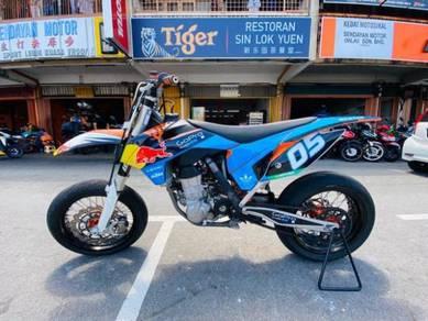 KTM Supermotard 450