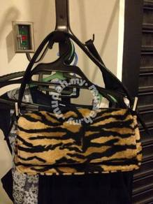 Warehouse Tiger print faux fur bag with black stra