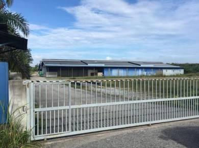Industrial factory warehouse with 10 acres land sungkai (perak)