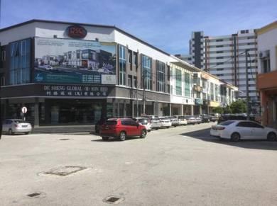 3 stories shoplot & office Pusat Perniagaan Maju Jaya