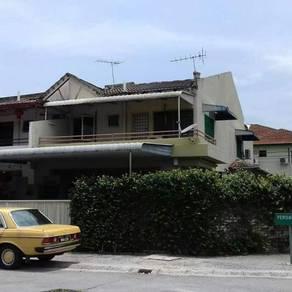 Ipoh double storey corner house