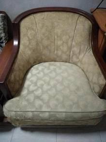 Kerusi antik chair