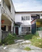 Taman Intan Double Storey Low Cost for SALE at Kluang