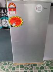 Midea 1 door. peti sejuk, freezer. refrigerator