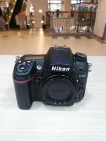 Nikon d7000 body (sc 20k only) 99% new