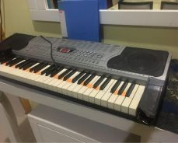 Keyboard/piano techno t-9600