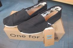 Original toms black casual shoes