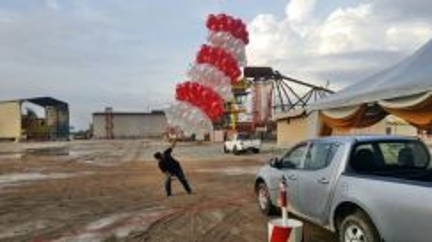 171) Gimmick Balloon Lauching