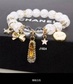 Roman Charm Bracelets J1824