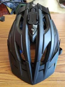 Lazer Oasiz bicycle helmet with Gopro mount