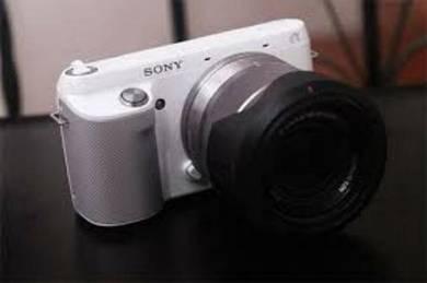 Sony nex f3 white 2 lens