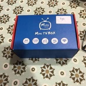 Brand new tv box 2 gbq