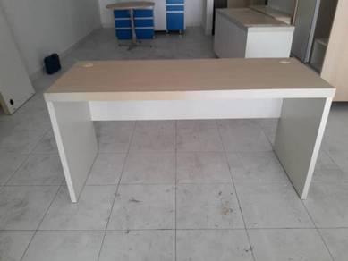 Office table Code:OT-208