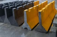 Movable precast concrete barrier 1 m