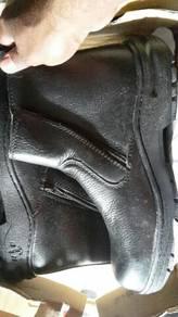 Safety shoe black hammer saiz8