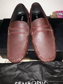 Kasut loafer shoes