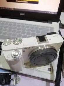 Sony A6000 (Body)