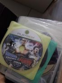 Xbox 360 + 25 games + 2 original controller