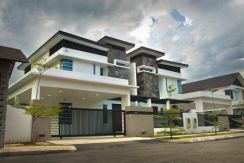 Freehold 4 Storeys Grand Villa Furnished Low Density with Private Lift
