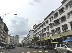 [prime area] commercial shop lot at shah alam sek 15 kompleks otomobil