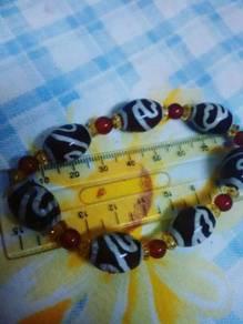 Tibetan Beans (Wrist Ring)