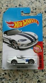 HotWheels Dodge Viper R/T 10 White